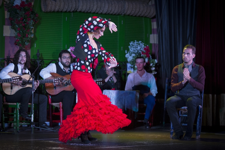 Enjoy with the best flamenco show in seville