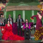 El abanico es uno de los complementos para el baile flamenco que utiliza las bailaoras.