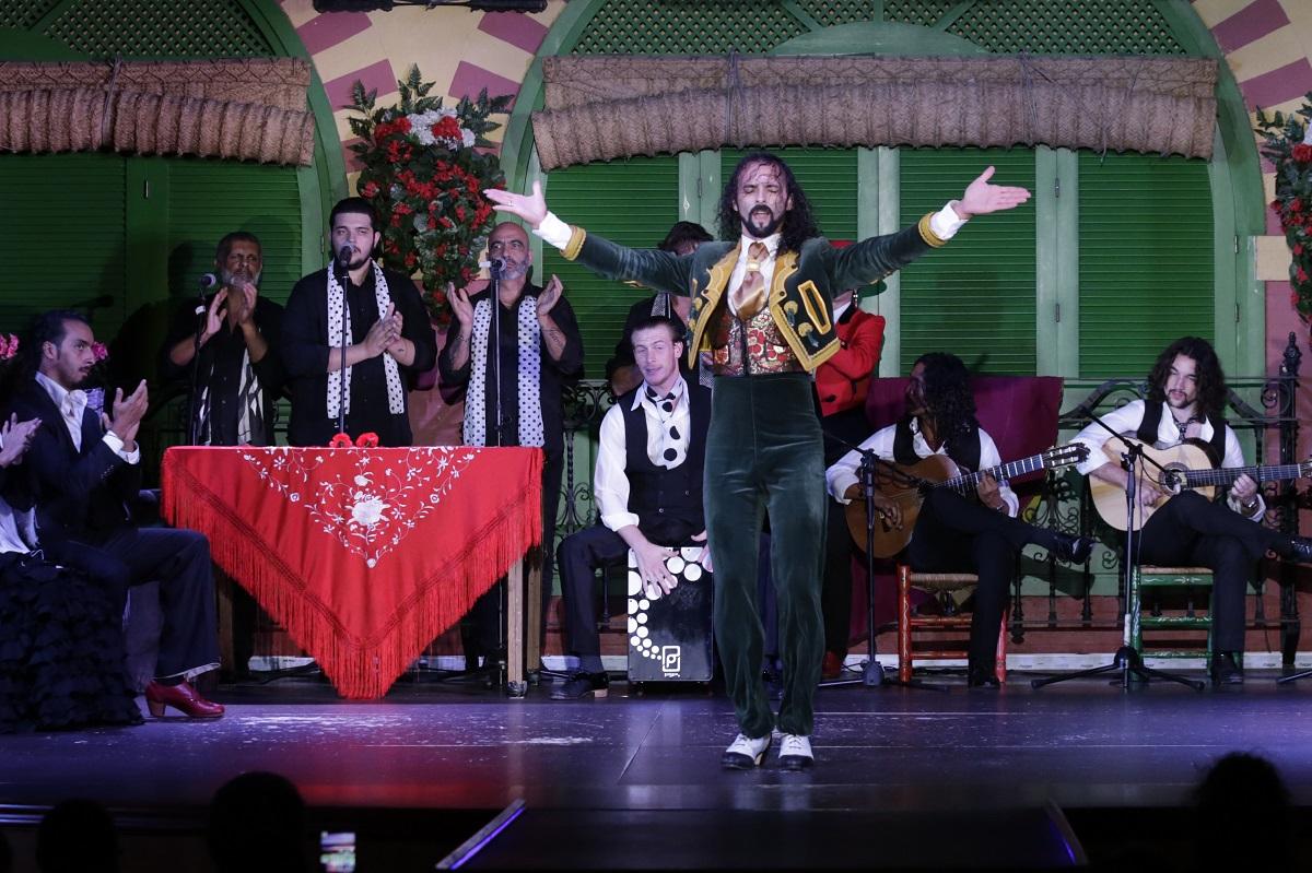 Emilio Ramirez 'El Duende' en el tablao flamenco de Sevilla El Palacio Andaluz
