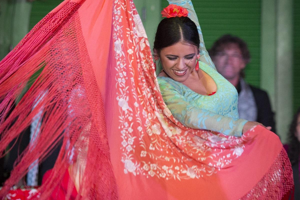 origin of manila shawl