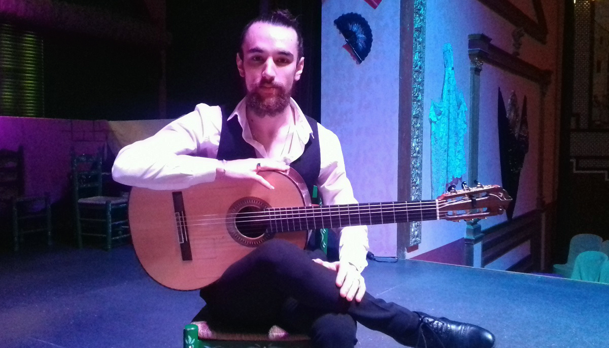 Chopi, guitarrista en El Palacio Andaluz